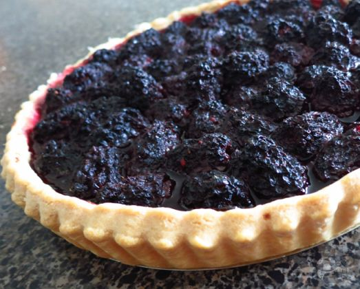 Blackberry tart from guild wars 2 guildwars2 videogames find this pin and more on video game food recipes forumfinder Images