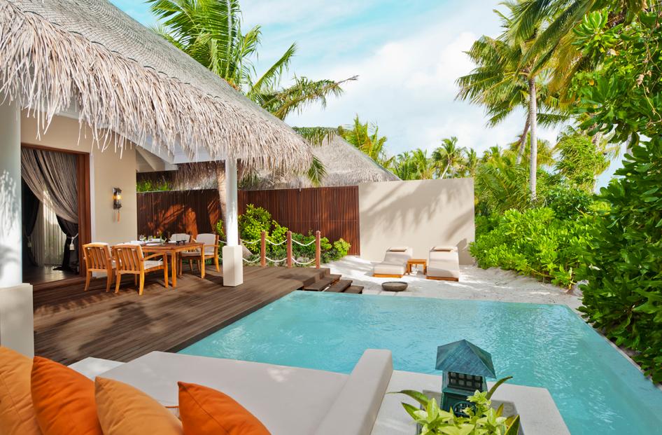 decorology: Tropical resort bliss