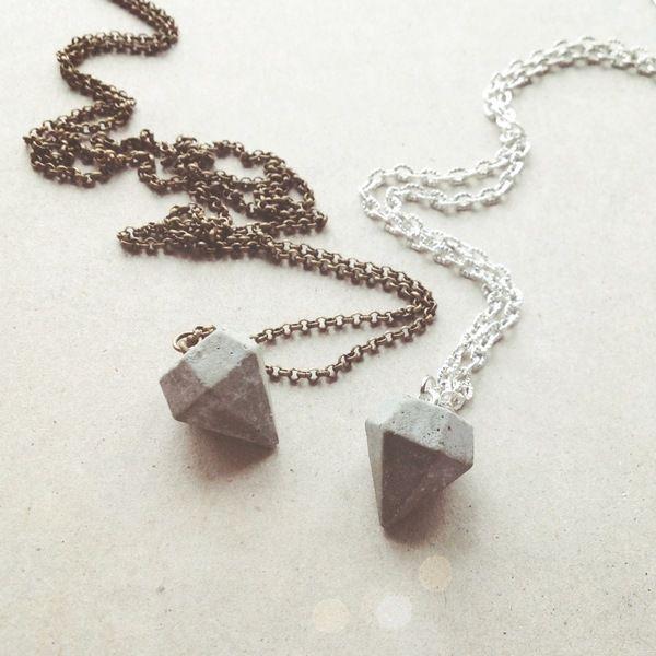 Diamant-Kette+aus+Beton+von+CleanSweepStuff+auf+DaWanda.com