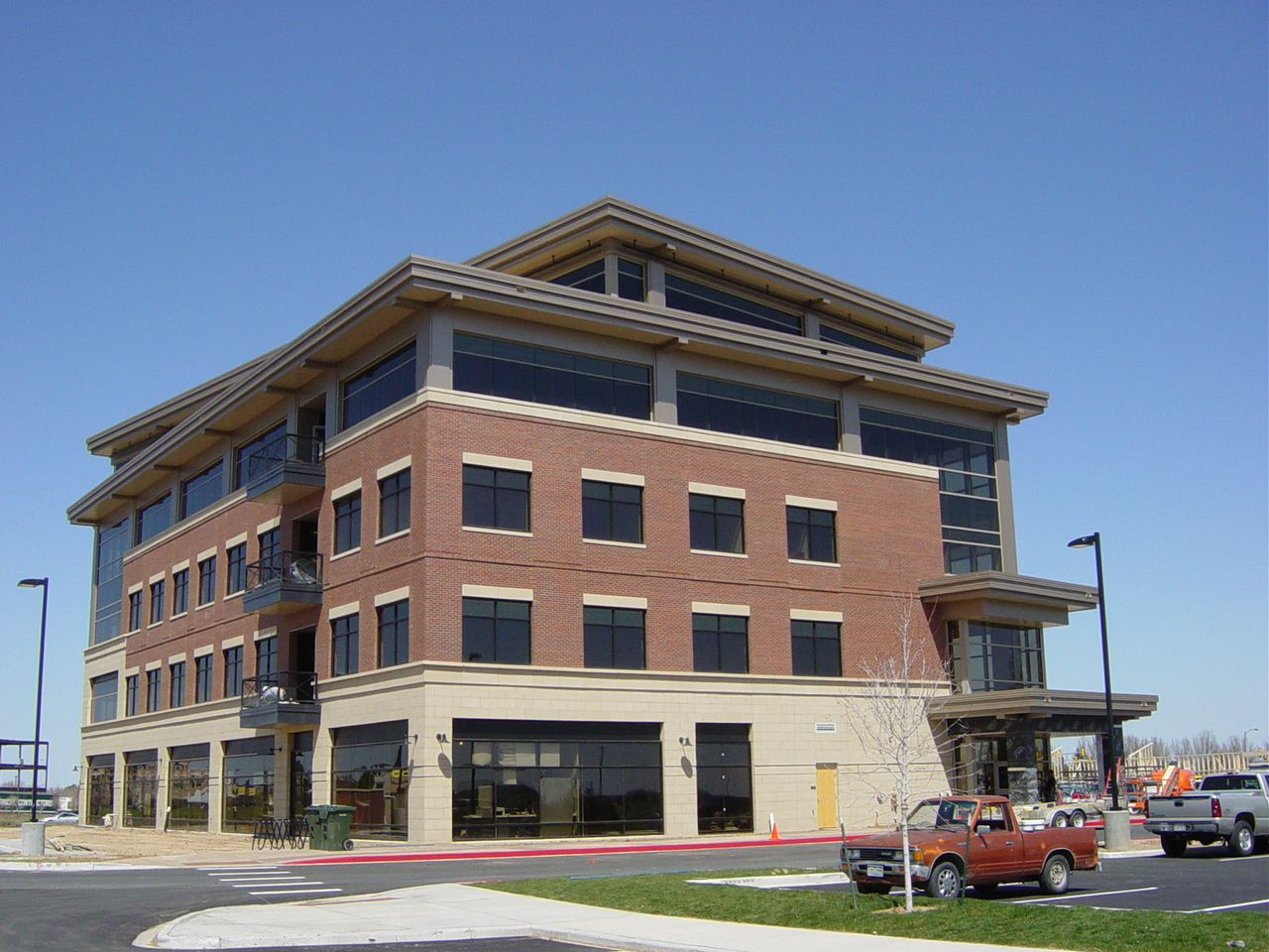 Top Discovery Building Bank of Colorado Harmony One Office Building The  Neenan Company   Corporate Offices Hewlett Packard Office207 best Modern Brick Buildings images on Pinterest   Bricks  . Modern Brick Apartment Building. Home Design Ideas