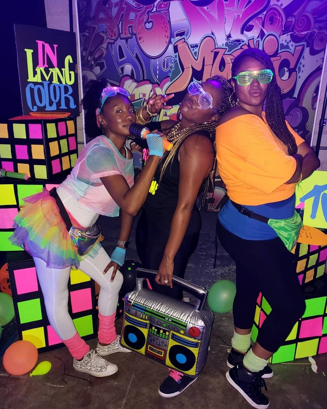 80 S 90 S Glow Party Backdrop Crimsonkissesevents Glow Party 90s Theme Party 90s Party Decorations [ 1350 x 1080 Pixel ]