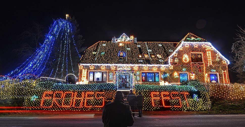Christmas lights gallery and holiday photo tips  Christmas lights