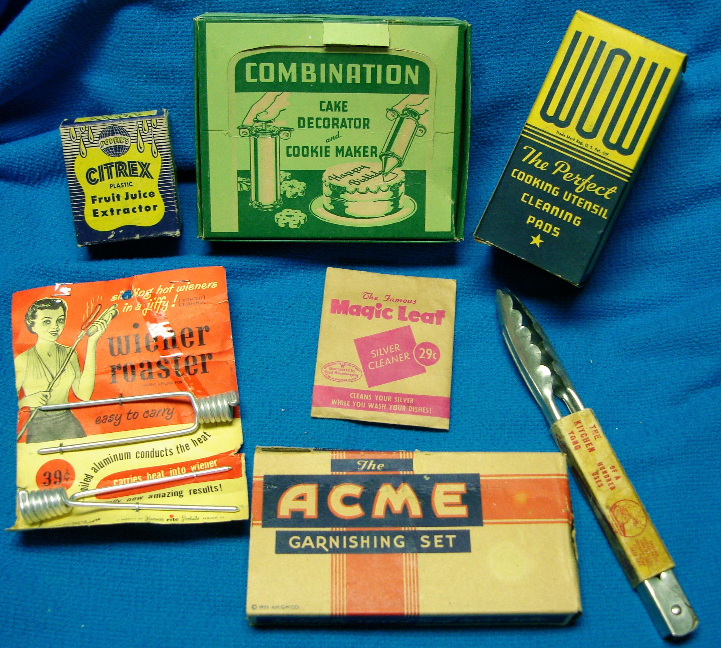 Mid-Century must-haves for the Atomic Kitchen!