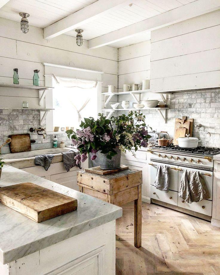33 idées de décoration de cuisine française de charme (18) #farmhousekitchencountertops