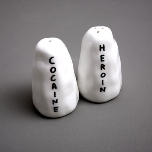 ilovecybershopping:  'Heroin/Cocaine' Salt & Pepper ShakersGO TO WEBSITECheck Out The Best Seller !