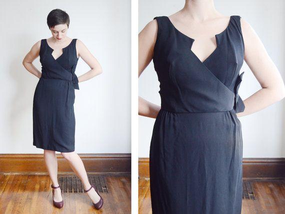 1950s Bombshell Black Cocktail Dress - S