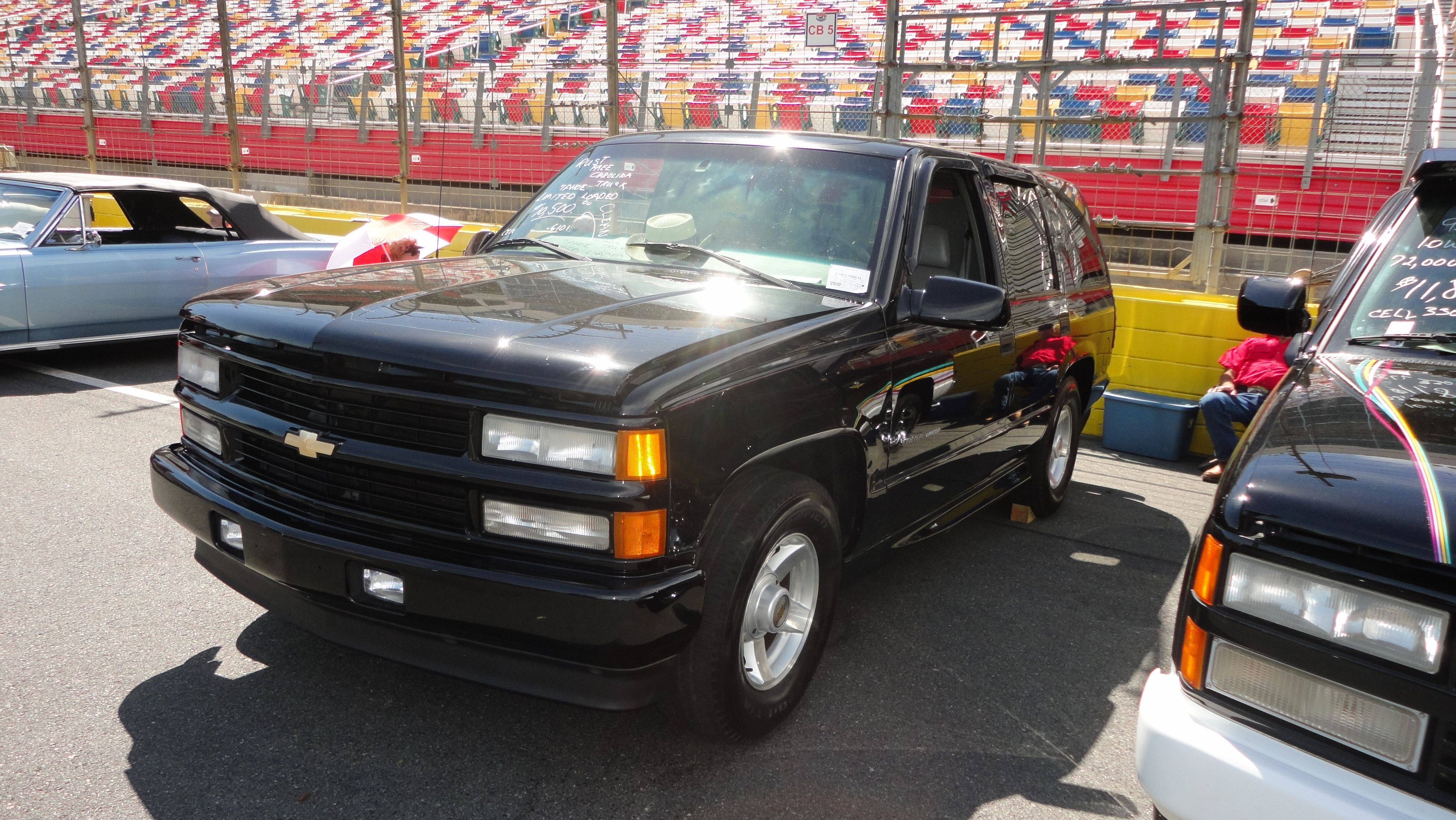 medium resolution of 2000 chevrolet tahoe limited during auto fair at charlotte motor speedway