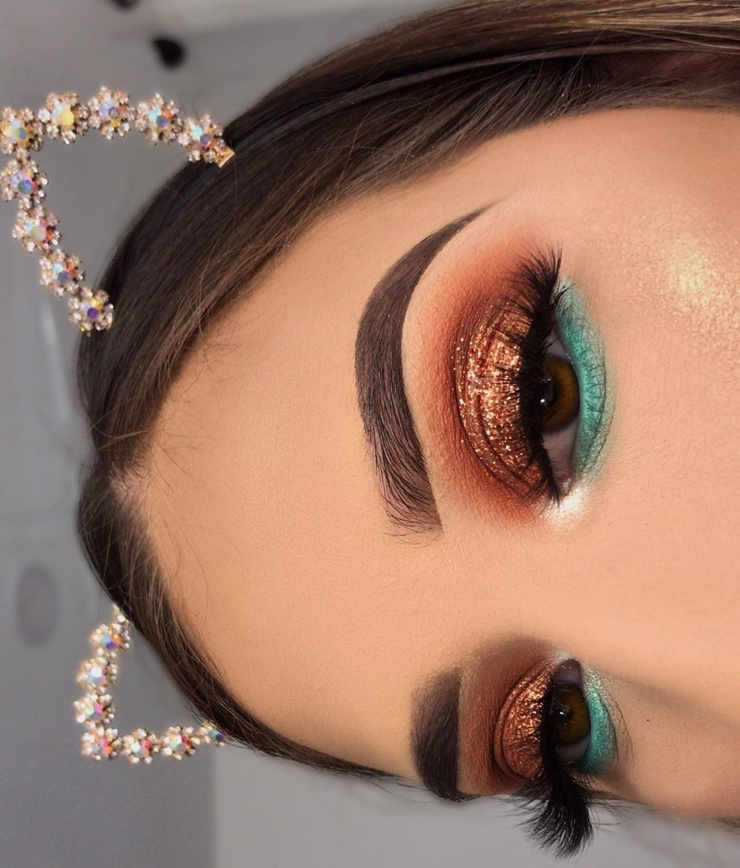 """Photo of L.A. Girl Cosmetics on Instagram: """"Brows on point, errthang on point! 😍 @mackieguzman uses our Brow Pomade in 'Warm Brown' 😍 . Select shades available at select…"""""""