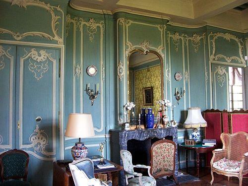 Château de Fléchères - Salle décorée en style rocaille - Fareins - garde meuble pas cher ile de france