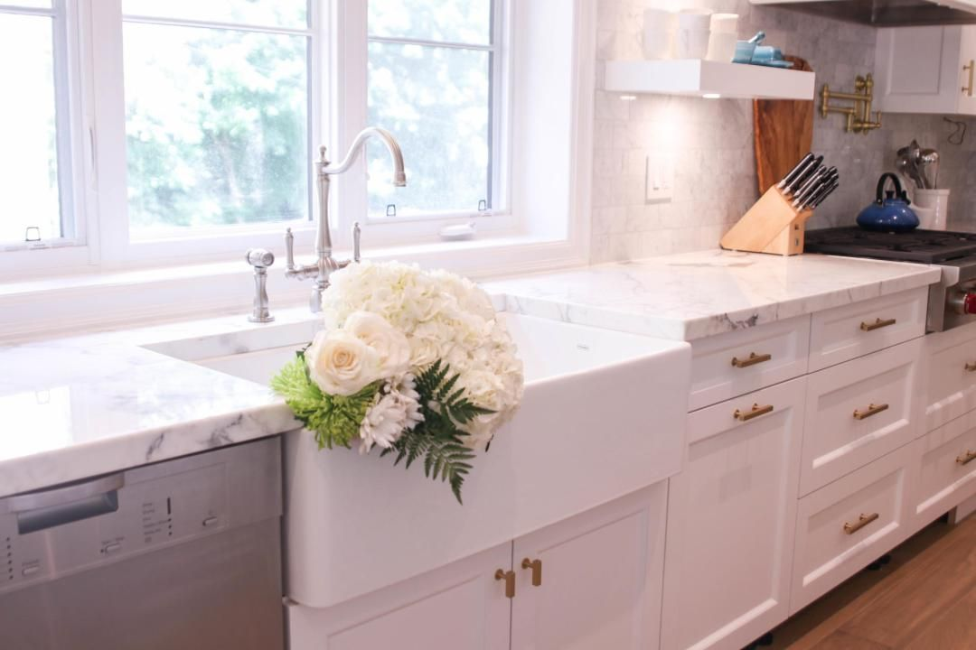 Fireclay Or Cast Iron Farmhouse Sink