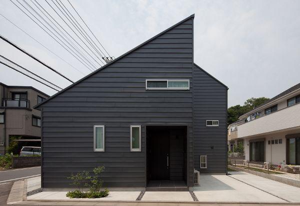 ガルバリウム外壁 横張り Google 検索 建築 住宅 外観 家 外観