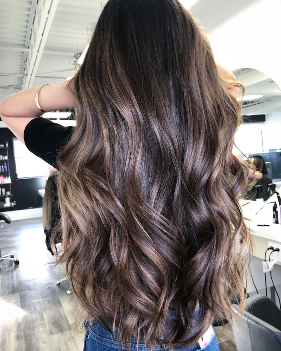 How to Swift Hair Waves Looks in 2020 Natural wavy hair
