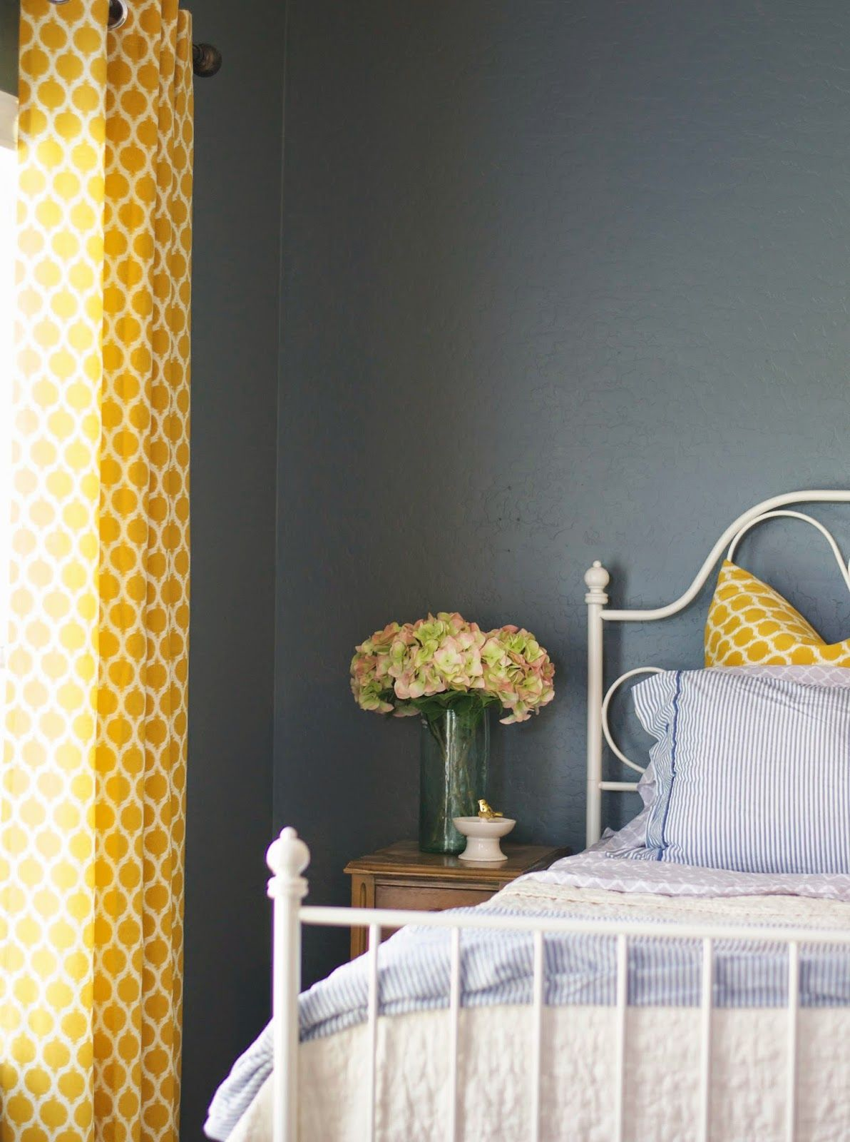 Navy Paint Colors Relaxed Navy Favorite Paint Colors Valspar Navy And Navy