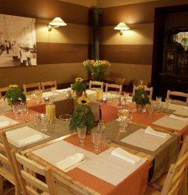 Restauracja Marago Bistro W Krakowie Table Settings