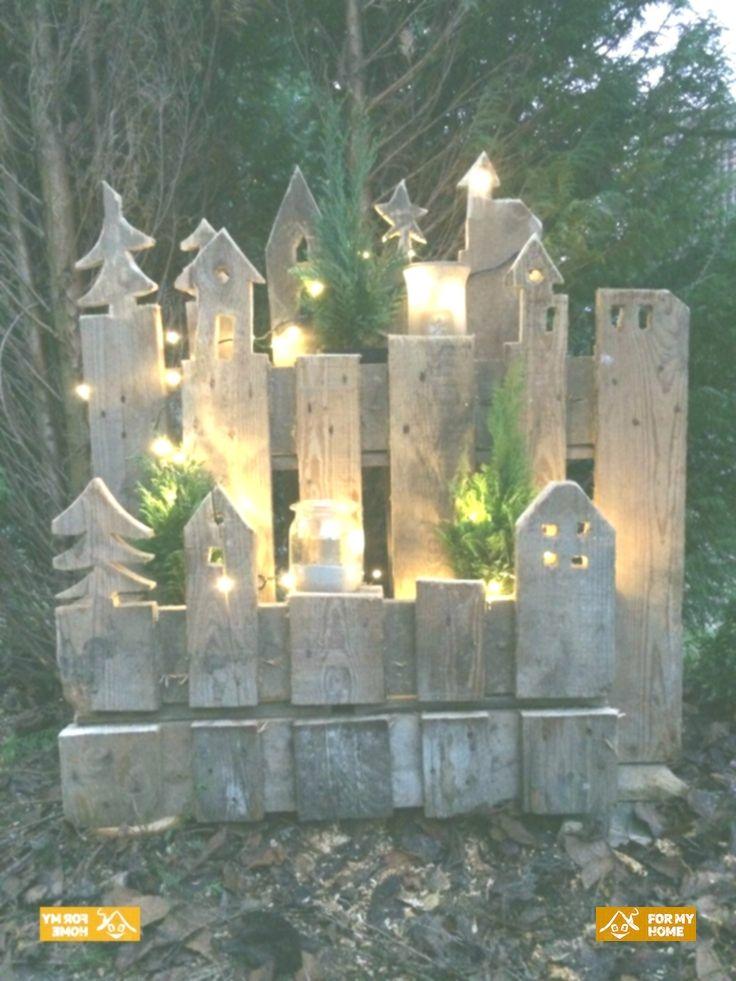 Mit dieser großartigen Upcycling-Idee kann der Eingang zum Haus effektiv #weihnachtsdekohauseingang