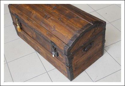 Baule bombato ,scrigno cassapanca restaurato legno e ferro ...