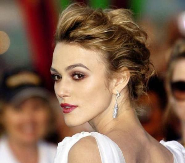 Loose Updos For Thin Hair: 25 Classy Updos For Thin Hair (With Images)