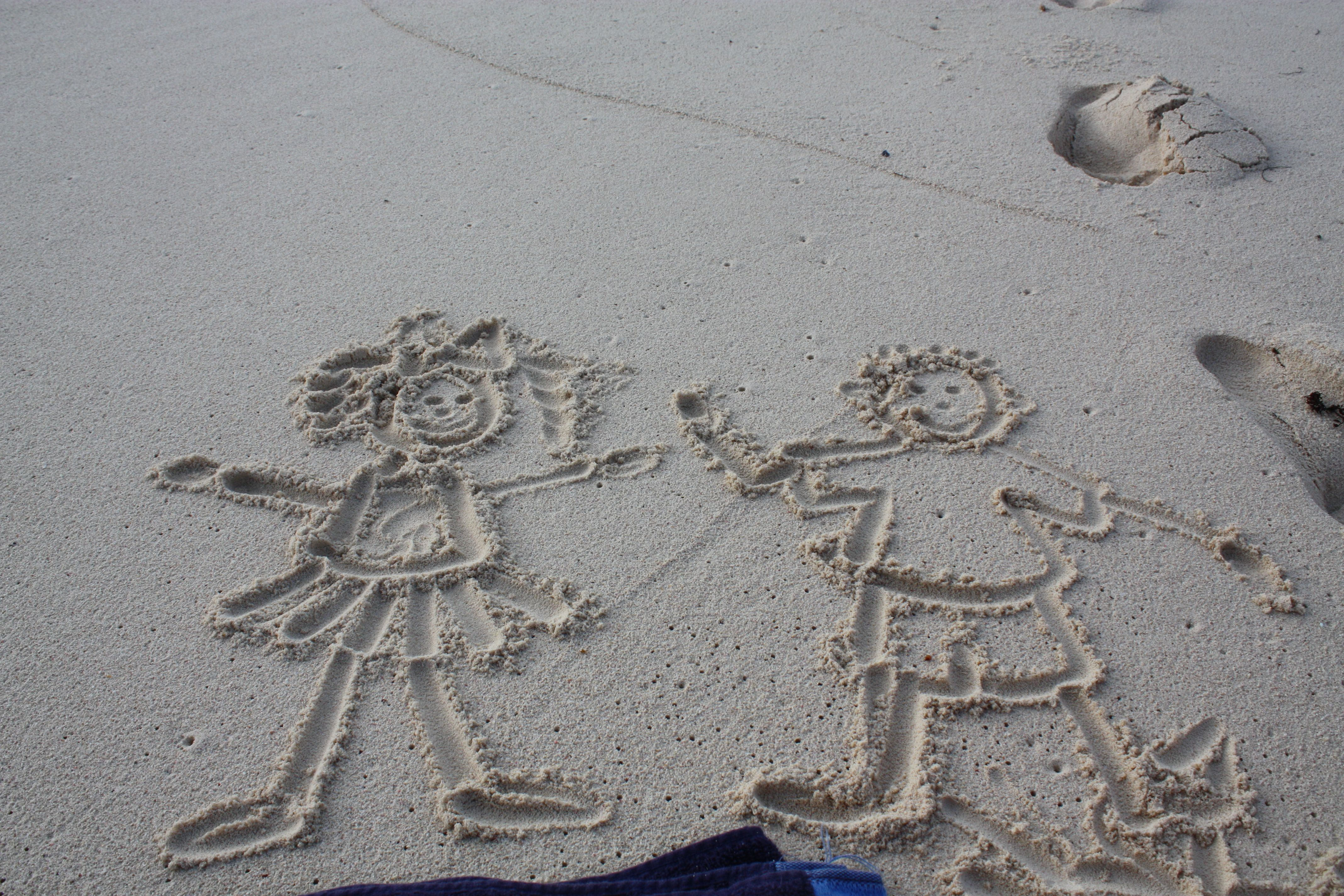 love letters in the sand Comfort and joy, Sand castle
