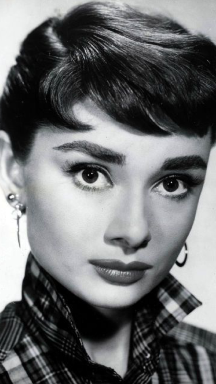 Pin By Encarna Aguado On Audrey Pinterest Audrey Hepburn And