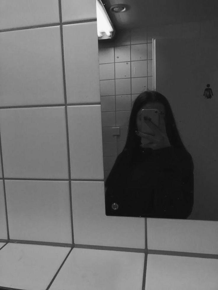 ص ـو ر Selfie Poses Instagram Mirror Selfie Poses Selfie Ideas Instagram