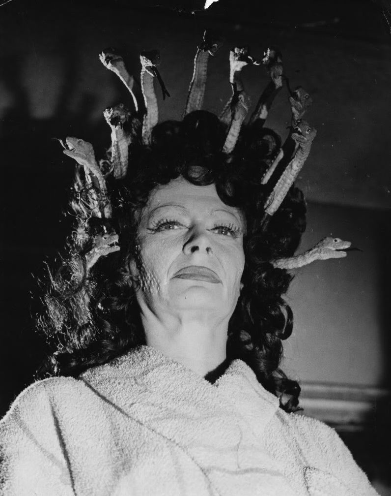 Barbara Shelley (born 1932)