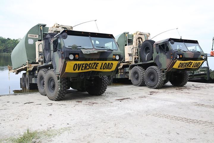 Camp Lejuene North Carolina Soldiers With 502nd Multi Role Bridge Company Based At Fort Knox Ky Park Logistics Vehicle Systems Carrying Improvised Ribbon