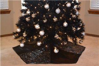 the end of the black christmas tree skirt - Black Christmas Tree Skirt