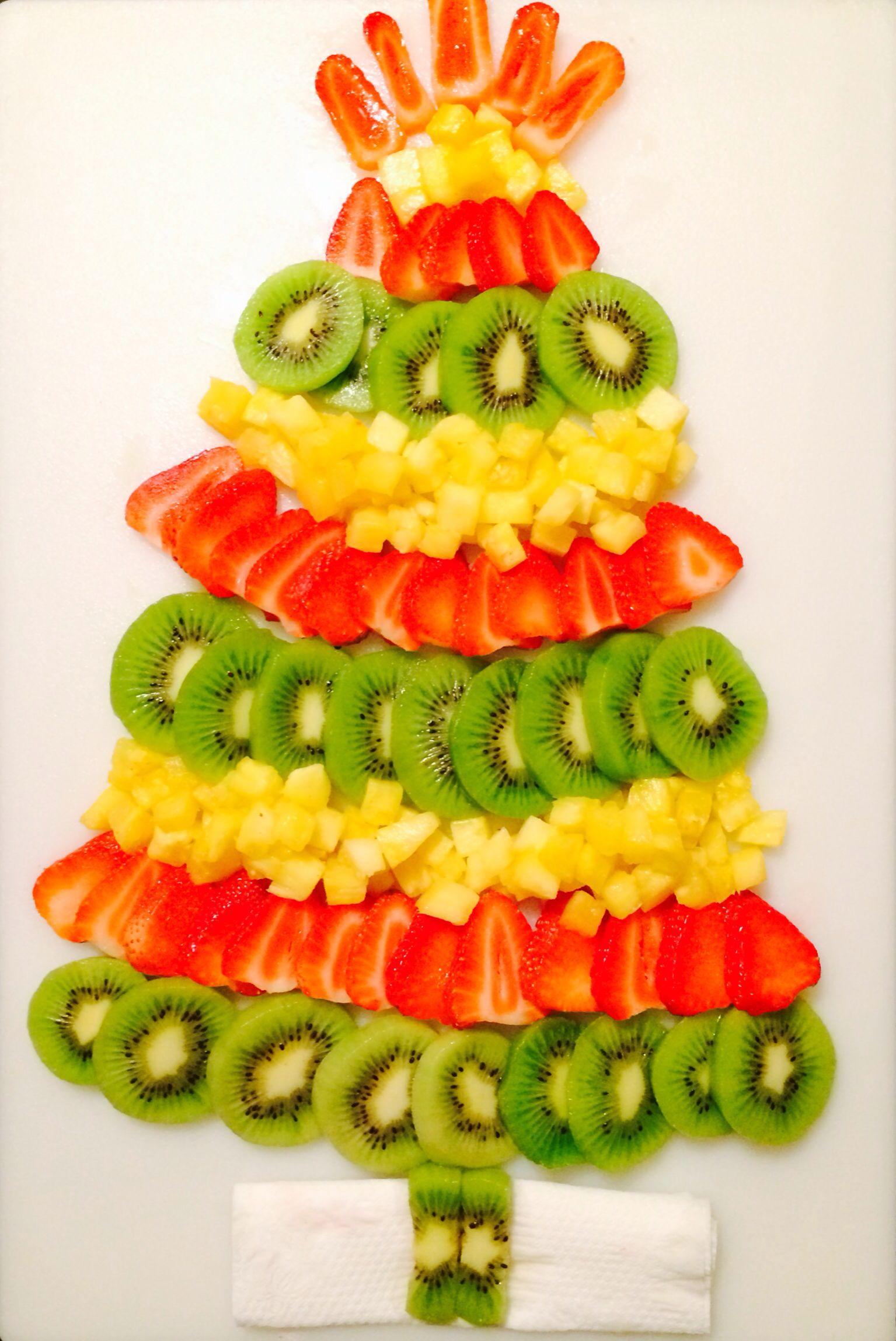Christmas Tree Fruit Platter.Christmas Tree Fruit Tray Christmas Christmas Breakfast