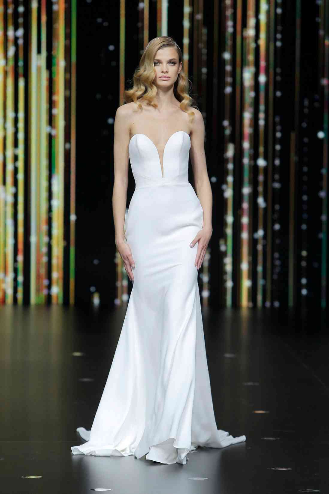 Pronovias 2020 Collection, 'Beyond The Stars' Images