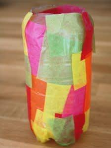 Laterne aus einer PET-Flasche basteln