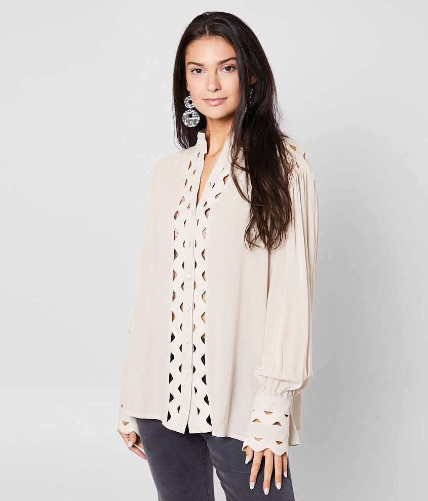 Gimmicks Woven Crinkle Button Down Blouse – Women's – Summer Outfits