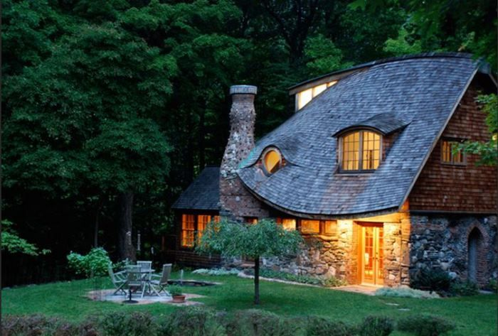 Tour A Real Storybook Cottage Storybook Cottage Fairytale Cottage Storybook Homes