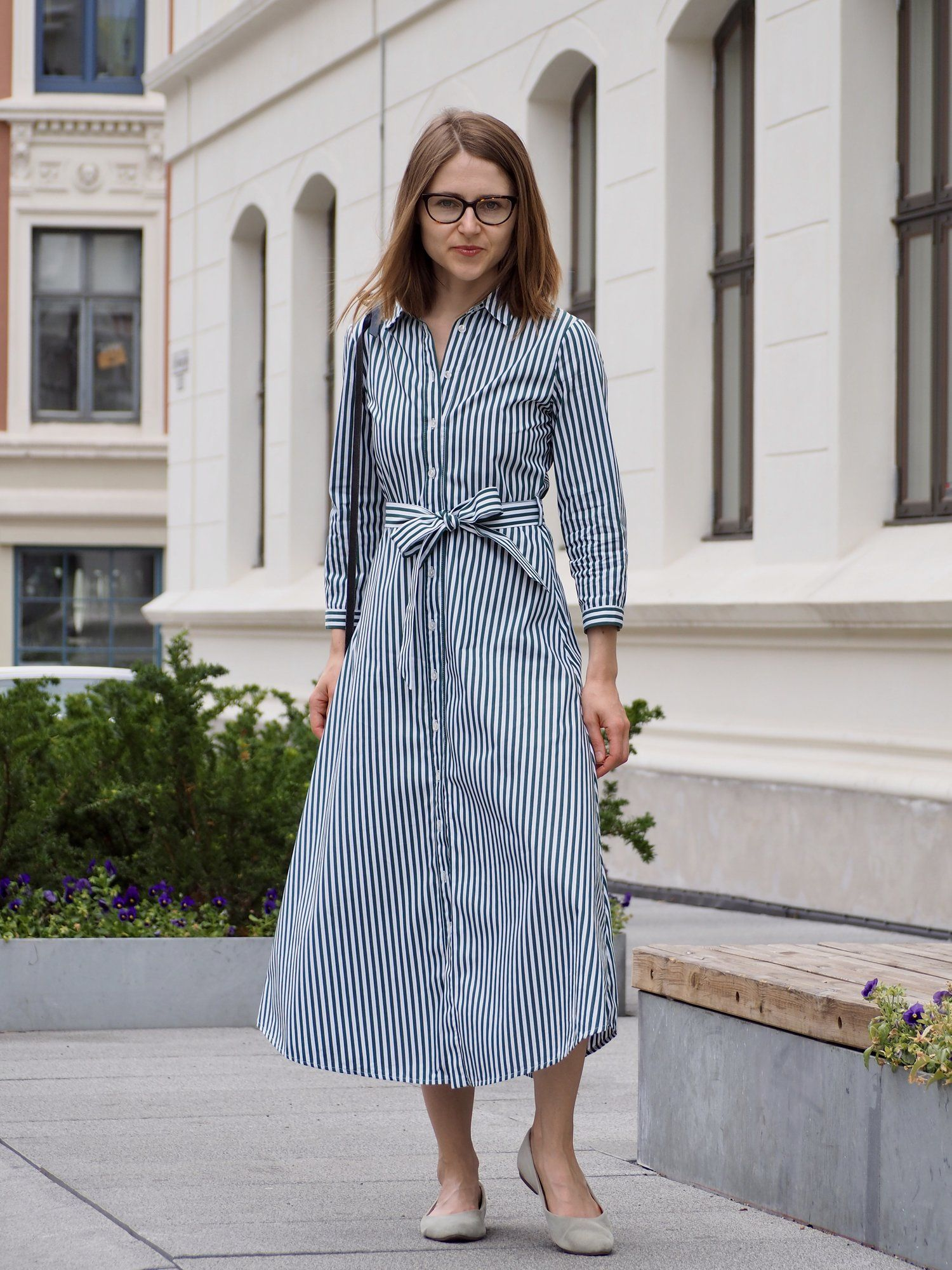 Shirt Dress For Summer In The Office Maria On Quality In 2021 Summer Dresses Dresses Winter Outfits Warm [ 2000 x 1500 Pixel ]