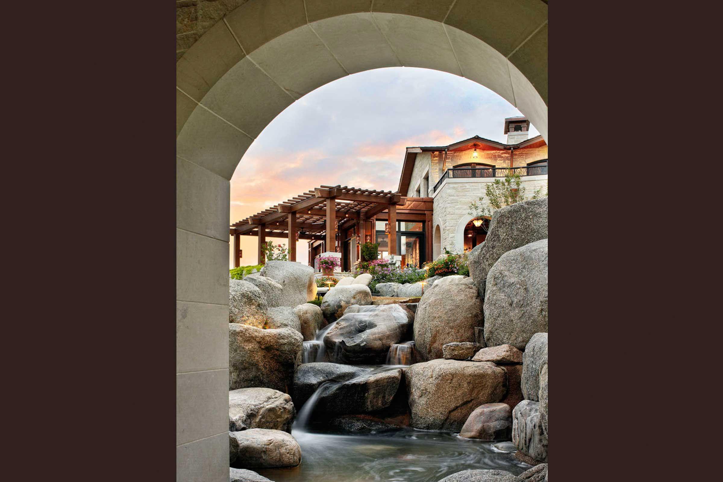 Crescent House - Clutch Design Studio : Clutch Design ... on Front Range Outdoor Living id=53133