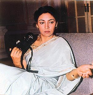 deepti naval comedy movies