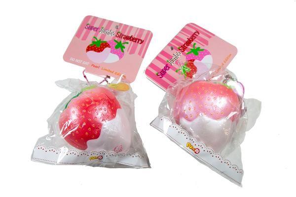 Puni Maru/'s Jumbo Mochi Seal Squishy Pearl Strawberry