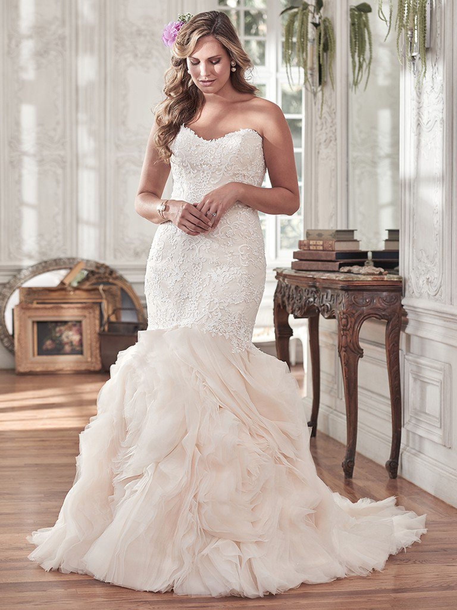 Wedding Dresses For Curvy Brides Plus Size Guest Check More At