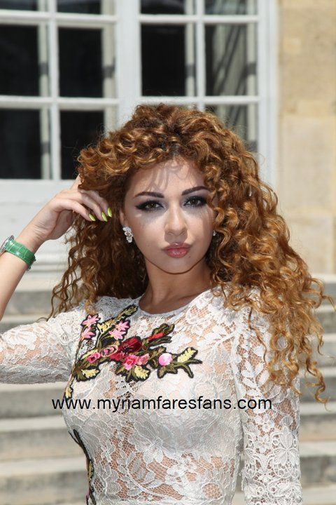 Myriam Fares Lebanese Singer Curly Hair Women Curly Hair Styles Beautiful Hair