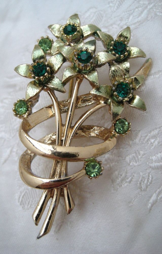 Vintage 1950s Goldtone & GREEN (May) Stone Flower Bouquet Brooch RETRO Kitsch #Unbranded