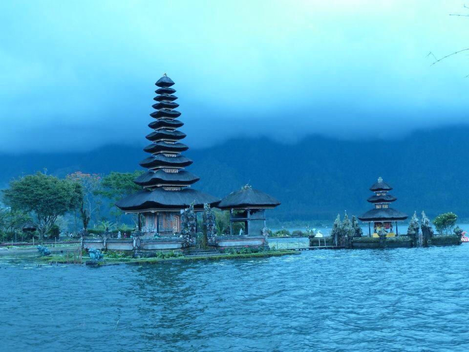 Ulu Danu Temple on the lake.
