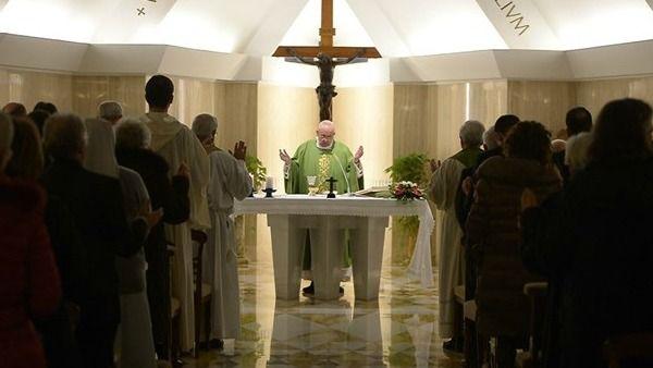 Papa Francesco: chiedere a Dio la ''voglia'' di fare la sua volontà