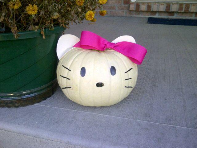 Hello Kitty Pumpkin! Hello Kitty Pinterest Hello kitty, Kitty - hello kitty halloween decorations