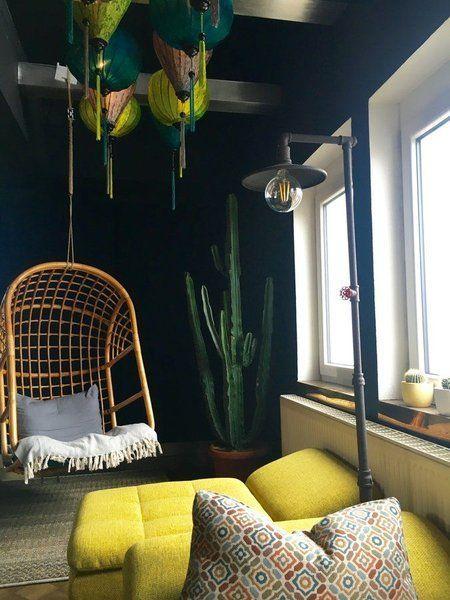 Hereinspaziert! 10 neue Wohnungseinblicke auf House of Dreams - wohnzimmer dekorieren schwarz