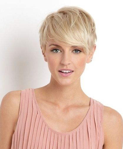 Great pixie cut! I am thinking of getting one :) but I just don't know witch one!