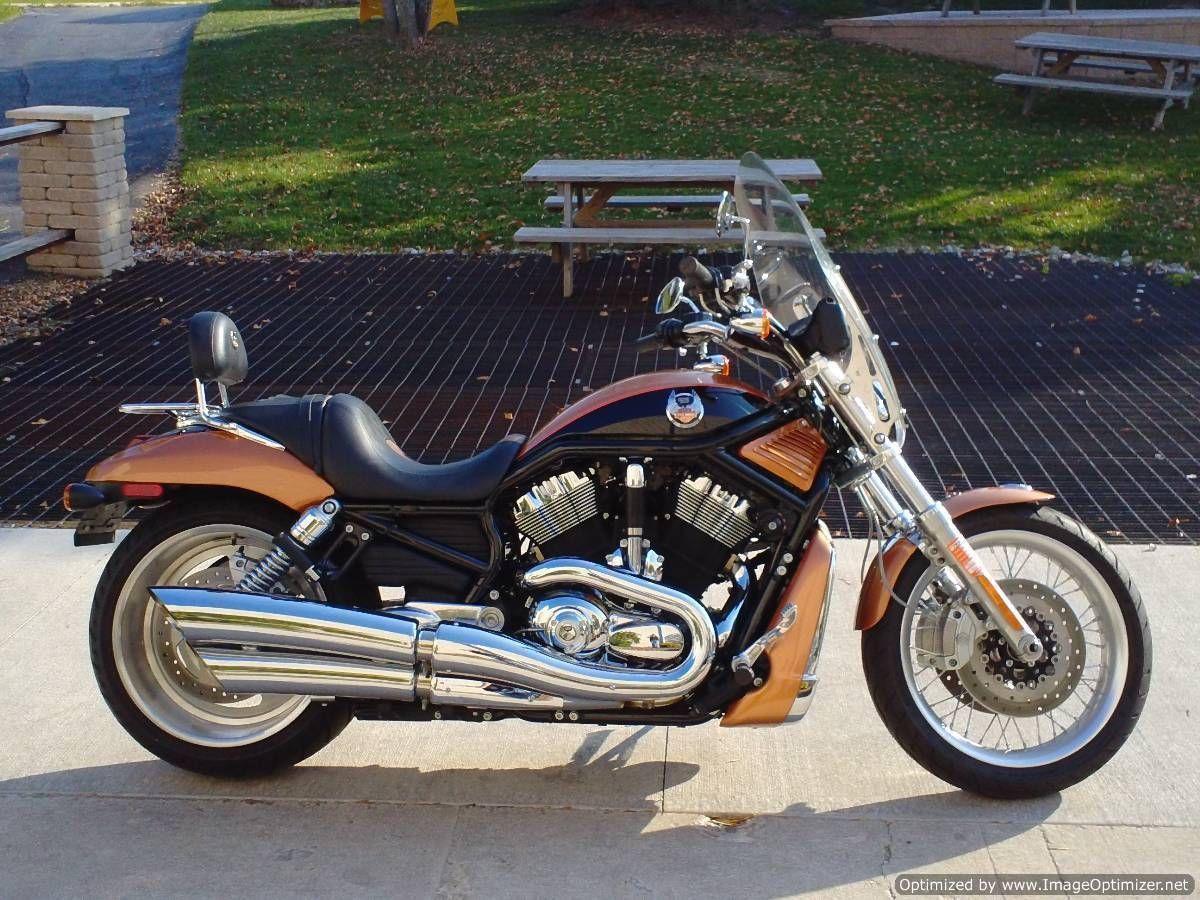 Harley Davidson VRSC HARLEY DAVIDSON 2008 VRSCAW 105TH ANNIVERSARY V ROD STK