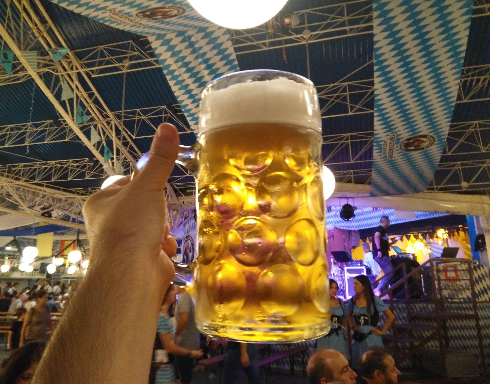 Fiestas De La Cerveza En Pilares Fiesta De Cerveza Cerveza Oktoberfest