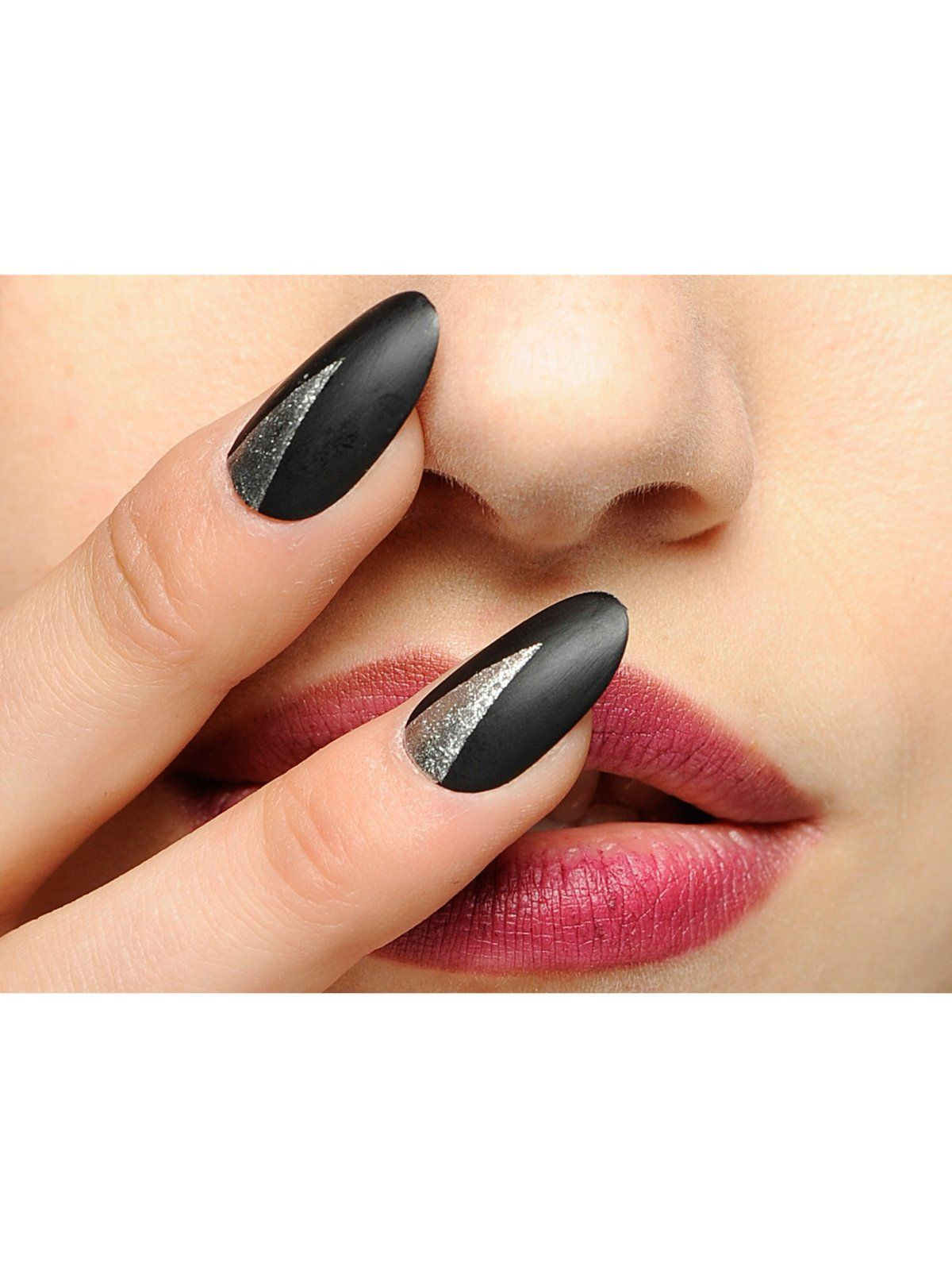 Nail Art absurd: Die schrägsten Nageldesigns | Hair and beauty