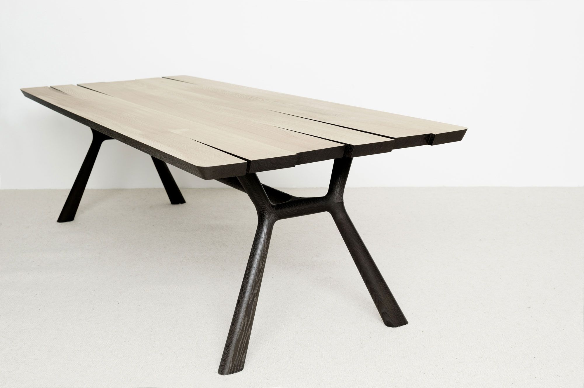 Table Ama Christophe Delcourt five old garden