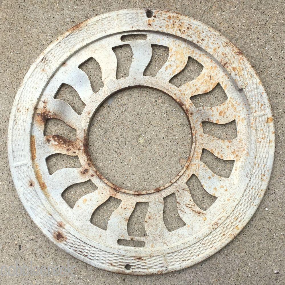 Stove Grate Antique Round Cast Iron Floor Heat Register Vent Shabby White Patina #shabbychic #patina #grate #castiron #decor