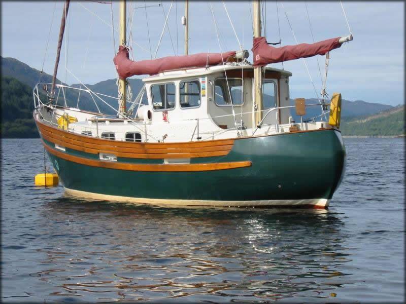 34684d1252155109 small motor sailer bigimage kyle for Dinghy motor for sale